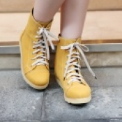 Comfortable stylish plus size shoes women lace up