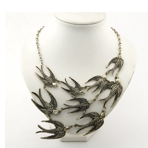 European Styles Vintage Temperament Swallows Pattern Metal Necklace