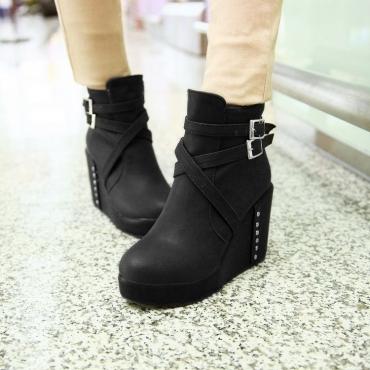 Fashion Round Toe Chunky High Heel Zipper Ankle Buckle Black PU Martens Boots