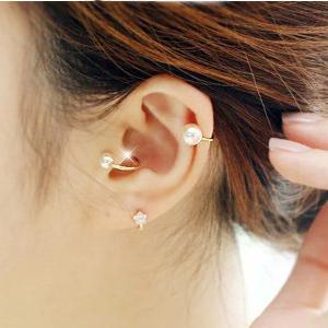 Fashion Pearl Gold Earrings