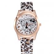 New Style Round Gold Frame Light Leopard PU Watch
