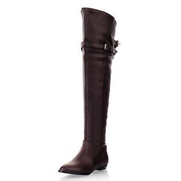 Ronda del dedo del pie del invierno resbalón en la hebilla plana decorada bajo el talón de la PU de Brown sobre la rodilla botas Cavalier