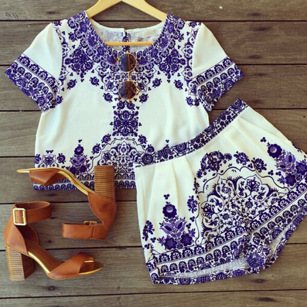 Stylish O Neck Short Sleeves Printed Blending Two-piece Shorts Set