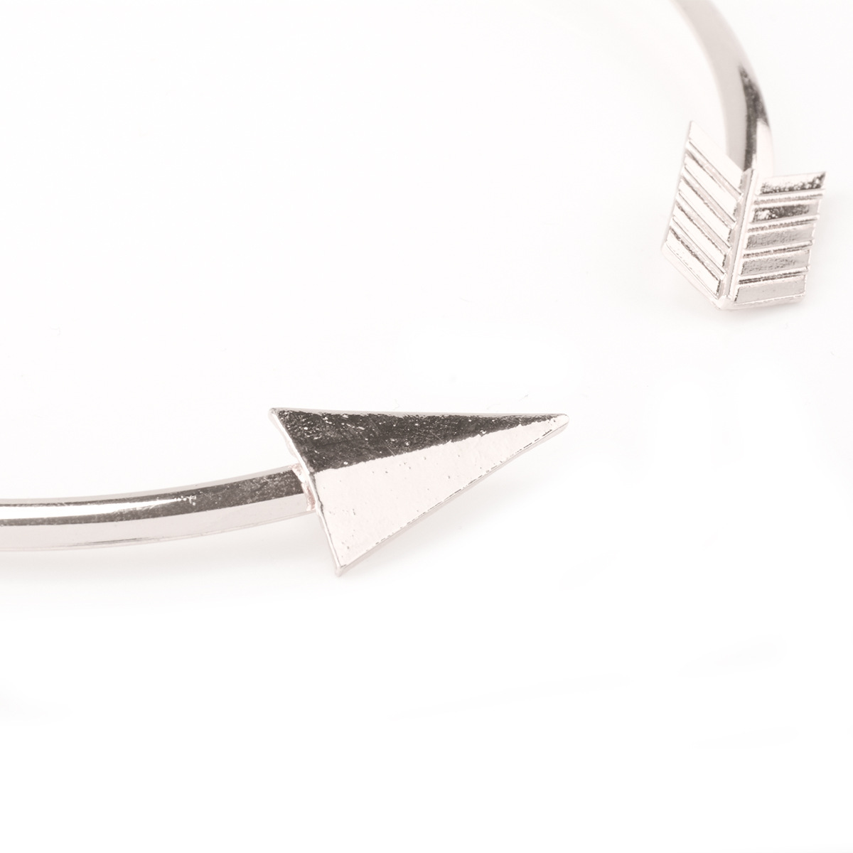 Fashion Arrow Design Silver Metal Necklace