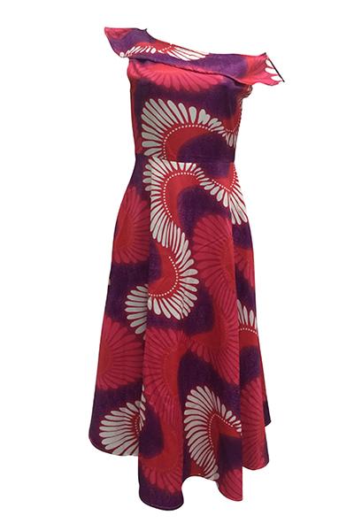 Estilo étnico Bateau pescoço um ombro mangas curtas Totem impresso vestido de poliéster comprimento do tornozelo