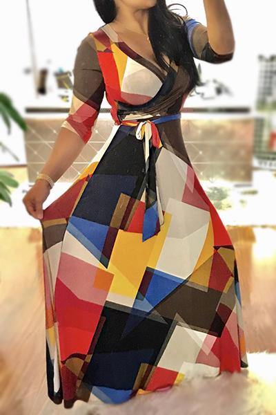 Elegante cuello en V impreso negro sano vestido de longitud de tobillo de tela (con cinturón)