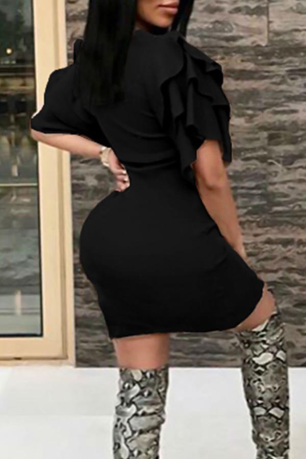 Sexy Rundhalsausschnitt Rüschenärmel Schwarzes Polyester Knielanges Kleid