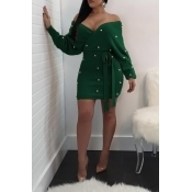 Sexy V Neck Backless Pearl Decoration Green Polyester Mini Bodycon Dress(With Belt)