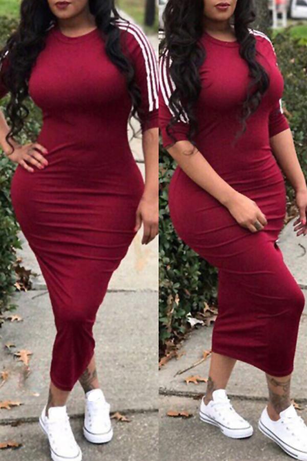 Adorável Sexy Rodada Do Pescoço Listrado Vinho Vermelho Poliéster Bainha Meia Veste Vestido