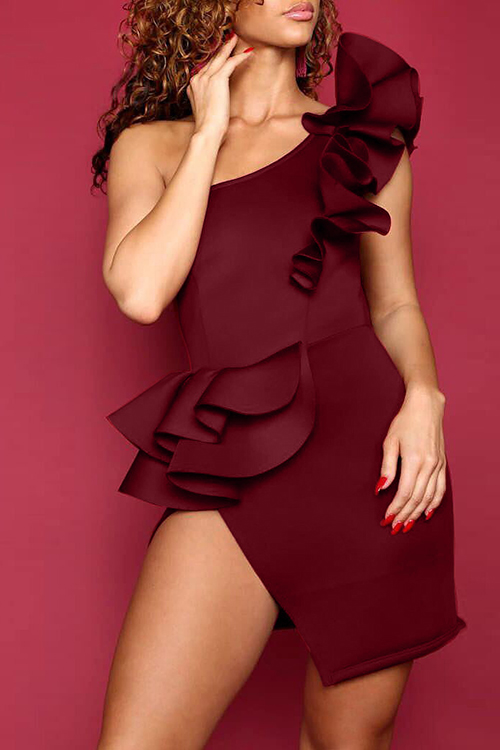Lovely Sexy Show A Shoulder Falbala Design Wine Red Polyester Sheath Mini Dress