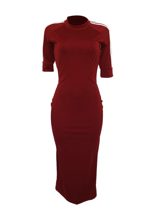 Bel Tubino In Cotone Rosso Con Scollo Rotondo A Righe In Poliestere
