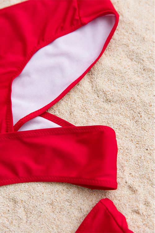 Costumi Da Bagno A Due Pezzi In Poliestere Rosso Intagliato E Sexy