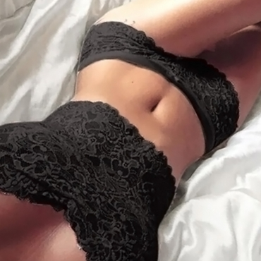Lovely Sexy Strapless Lace Floral Black Lace Bra(With Briefs)