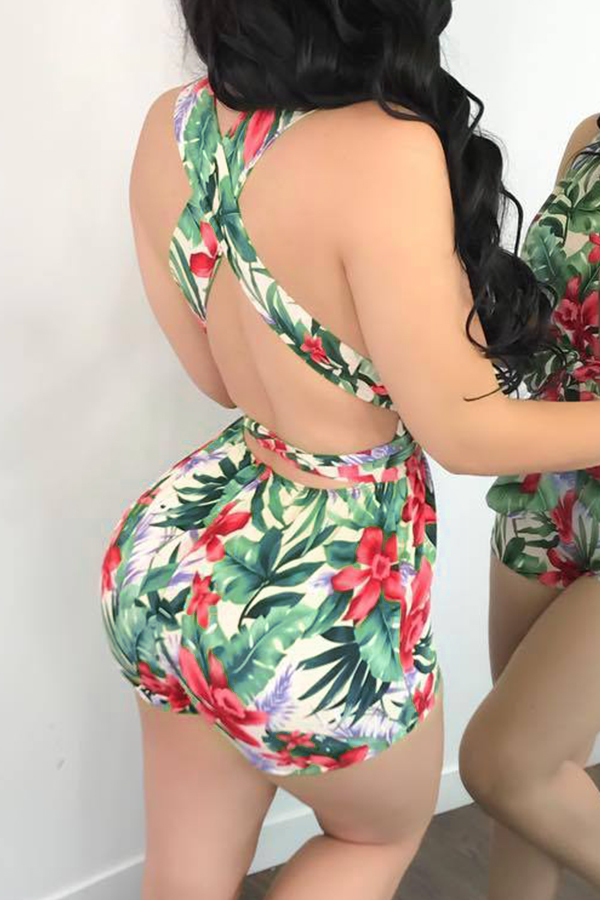 Lovely Sexy V Neck Floral Printed Bandge Green Polyester One-piece Short Jumpsuits(With Belt)