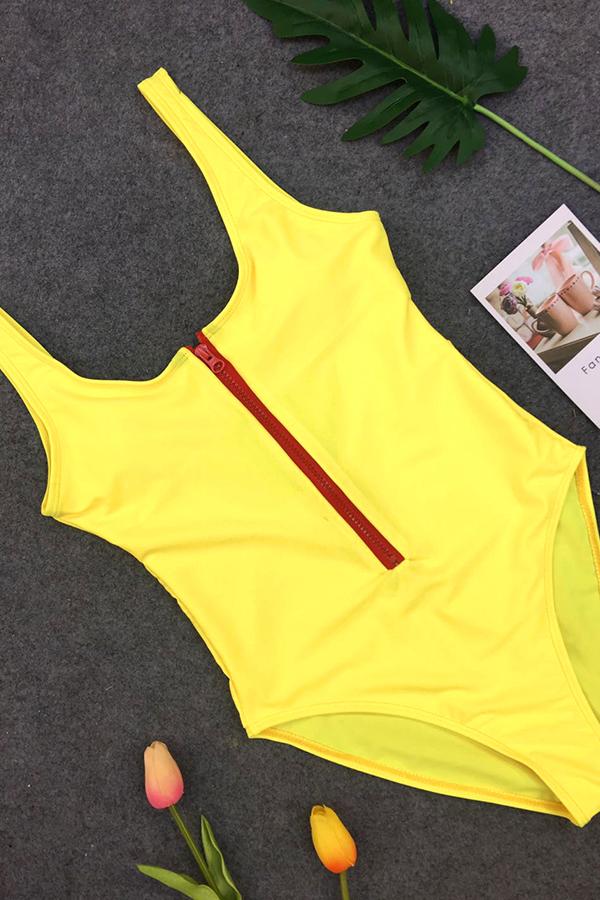 Lovely Fashion U Neck Zipper Design Yellow Nylon One-piece Swimwears