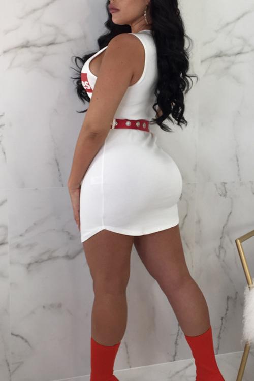 Lindo Casual Letras Em Torno Do Pescoço Impressa Vestido De Cetim Branco Twilled Mini (sem Cinto)