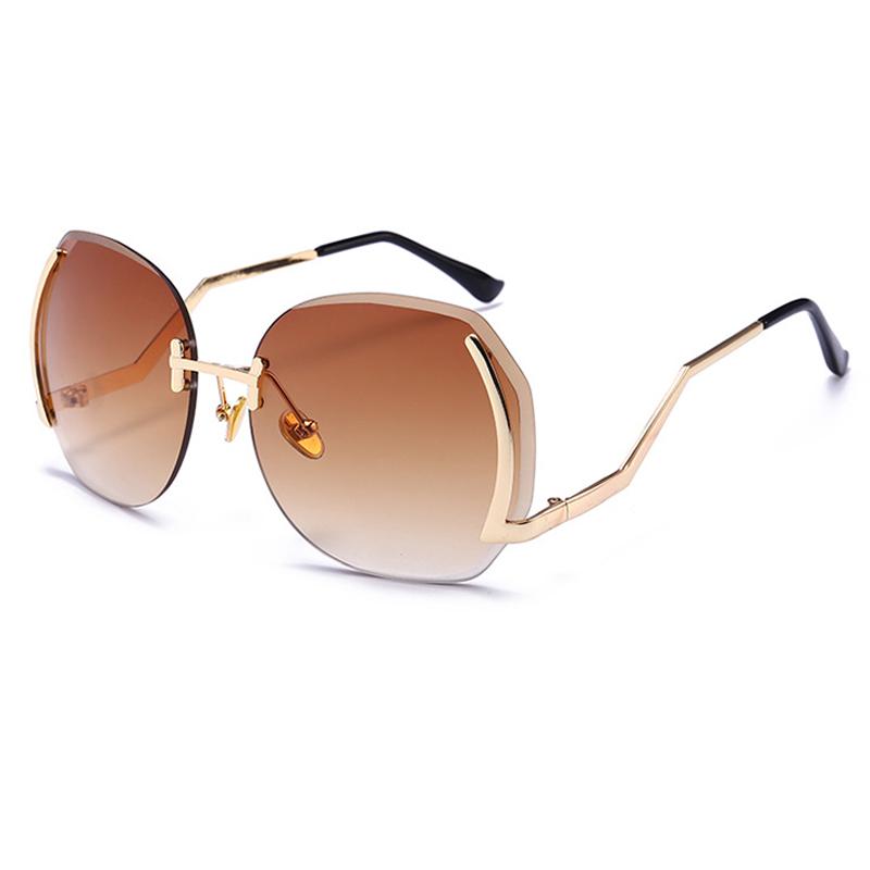 Lovely Trendy Coffee Plastic Sunglasses