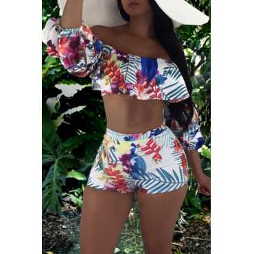 Lovely Euramerican Dew Shoulder Floral Printed  White Two-piece Shorts Set