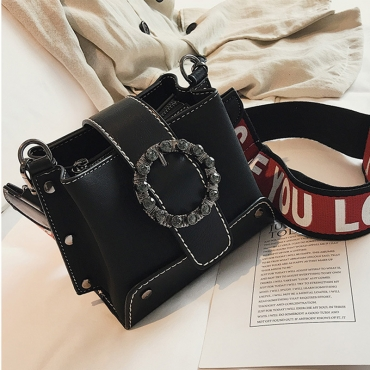 Lovely Euramerican Rivet Decorative  Black Patent Leather Messenger
