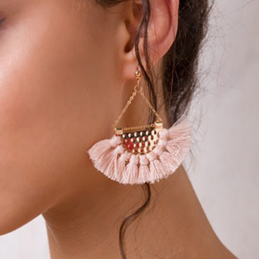 Lovely Vintage Tassel Design  Light Pink Earring