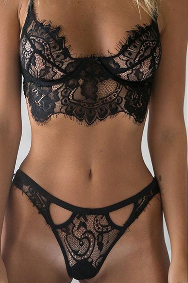 Lovely Sexy Hollowed-out Black Two-piece Swimwear