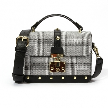 Lovely Elegant Rivet Decorative Black Crossbody Bag