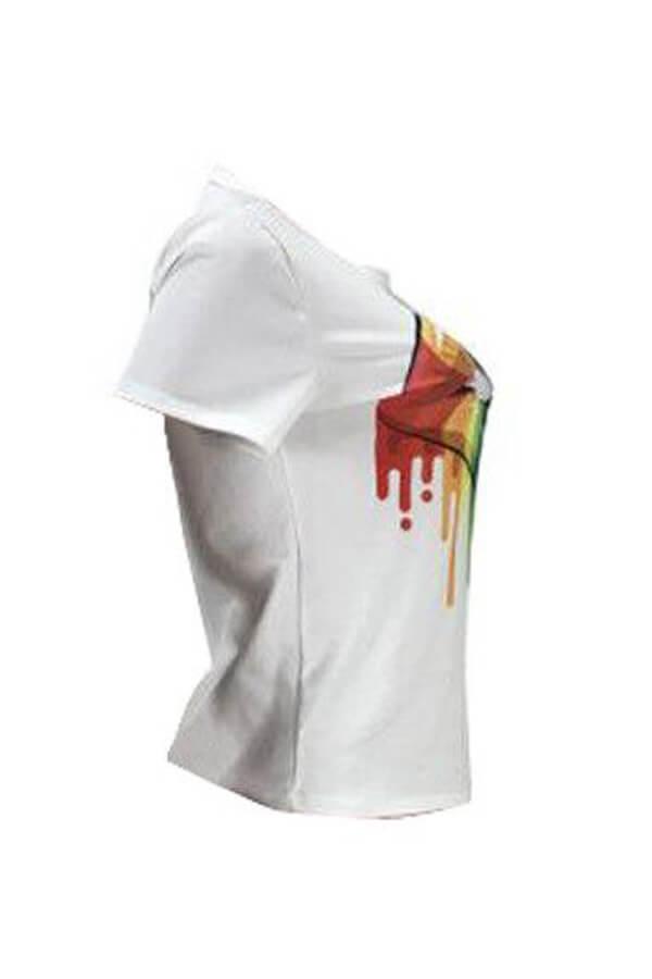 Schönes Lässig Bedrucktes Weißes T-Shirt Mit Lippe