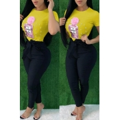 Lovely Casual Sequined Decorative Yellow T-shirt