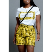 Lovely Casual O Neck Snakeskin Pattern Printed Yellow Two-piece Shorts Set