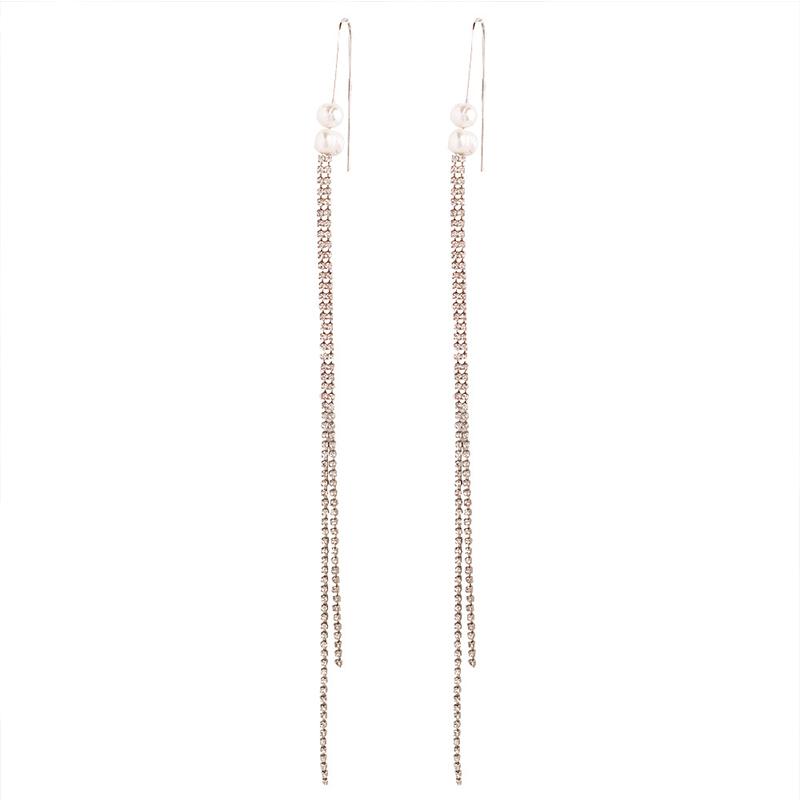 Lovely Chic Tassel Design White Alloy Earring