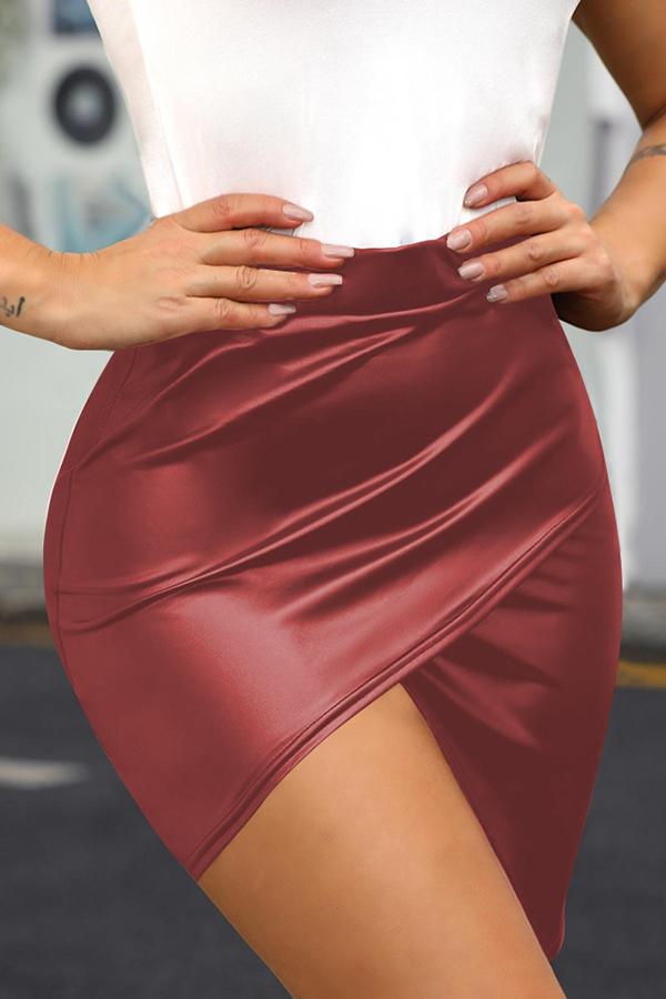 Lovely Casual Asymmetrical Wine Red  Mini Skirt