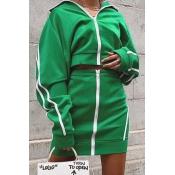 Lovely Sportswear Striped Green Two-piece Skirt Se