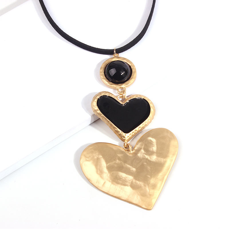Lovely Chic Heart Gold Necklace
