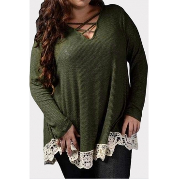 Lovely Casual Patchwork Hollow-out Green Plus Size Blouse