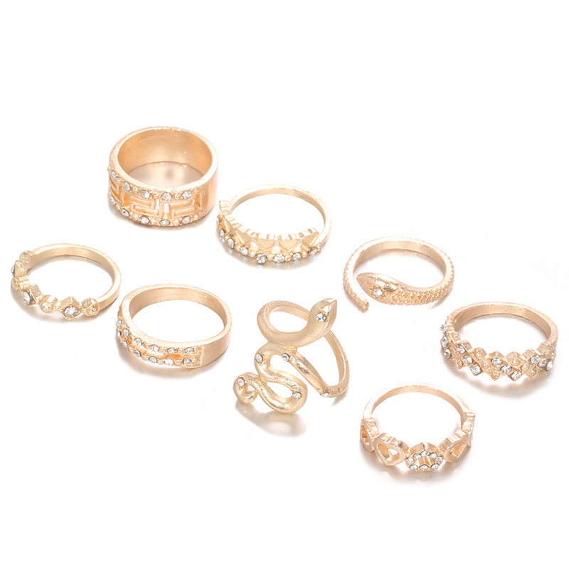 Lovely Casual 8-piece Gold Ring