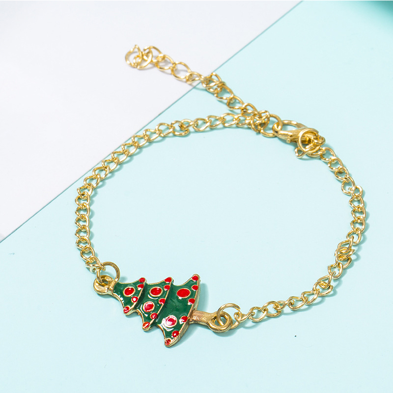 Lovely Christmas Day 4-piece Green Bracelet