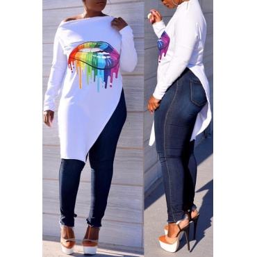 Lovely Casual Asymmetrical Lip Printed White T-shirt