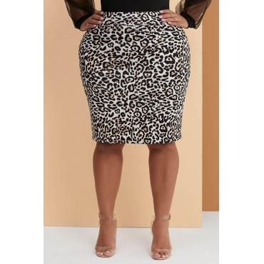 Lovely Leisure Leopard Printed Plus Size Skirt
