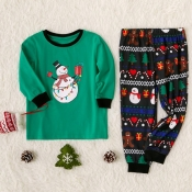 Lovely Family Santa Claus Printed Green Kids Two-p