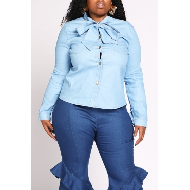 Lovely Chic Bow-Tie Blue Plus Size Shirt