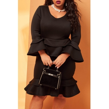 Lovely Casual O Neck Flounce Black Knee Length Plus Size Dress
