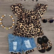 Lovely Stylish Leopard Print Girl Two-piece Shorts