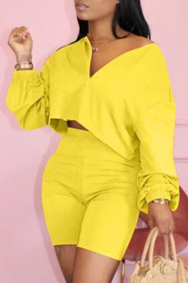 Lovely Casual Zipper Design Yellow Two-piece Shorts Set