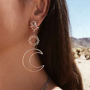 lovely Bohemian Hollow-out Gold Earring