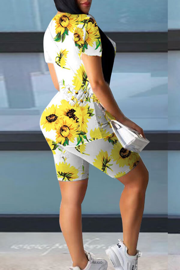 Lovely Casual Sunflower Print White Two-piece Shorts Set