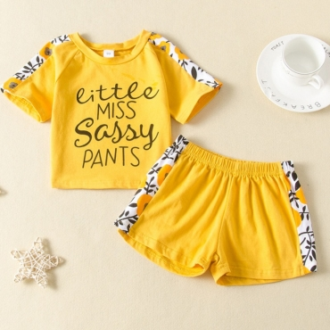 lovely Casual Patchwork Yellow Girl Two-piece Shorts Set