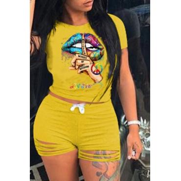 lovely Street O Neck Lip Print Yellow Two-piece Shorts Set