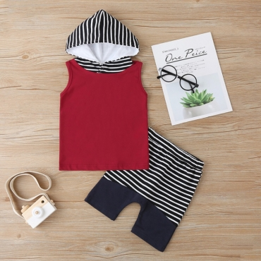 lovely Trendy Hooded Collar Striped Red Boy Two-piece Shorts Set