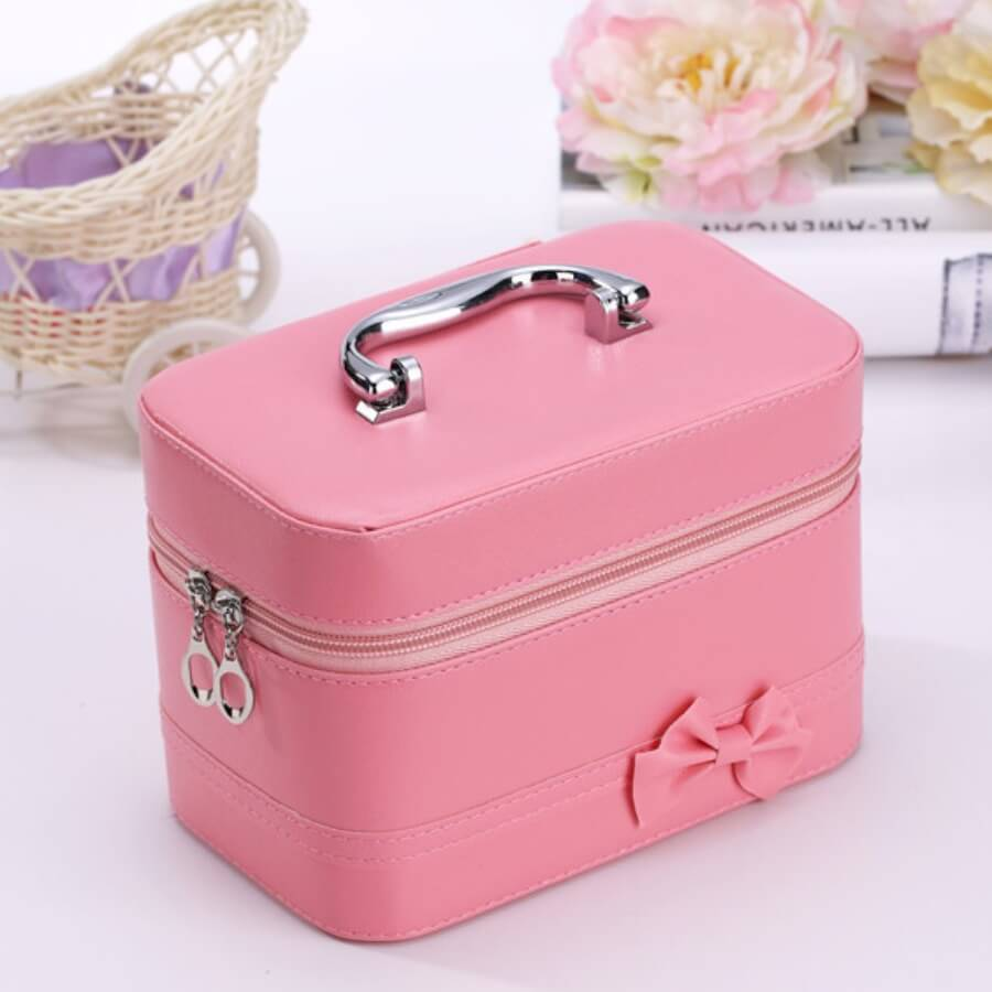 Lovely Chic Bow-Tie Pink Makeup Bag