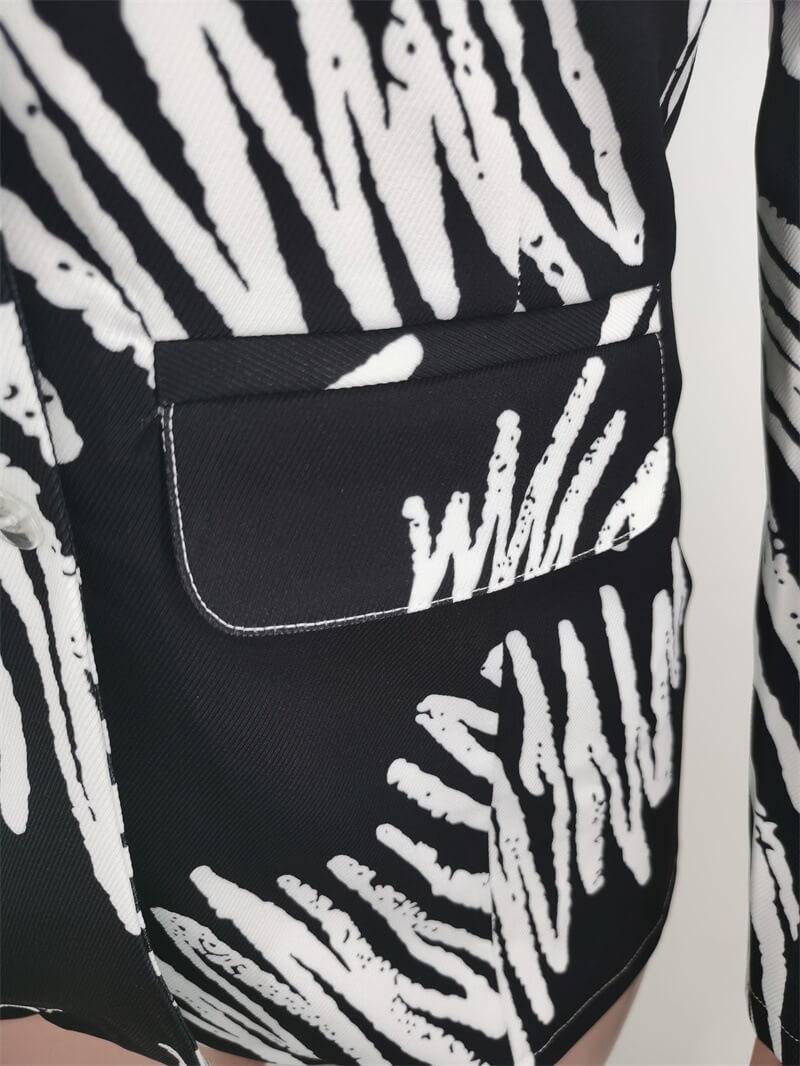 Lovely Trendy Turndown Collar Striped Print Black